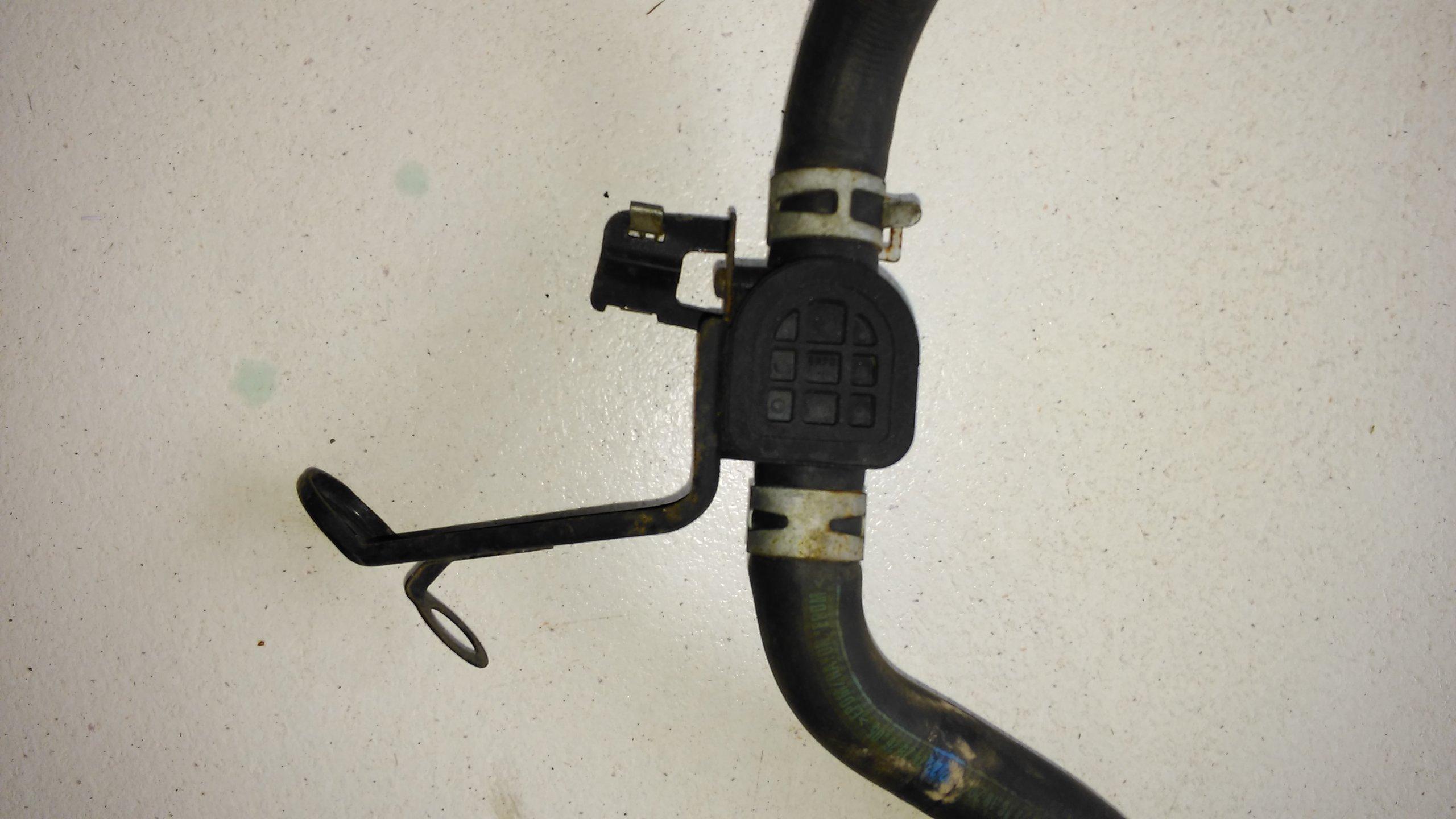 Honda CRV II 02 06 патрубок...