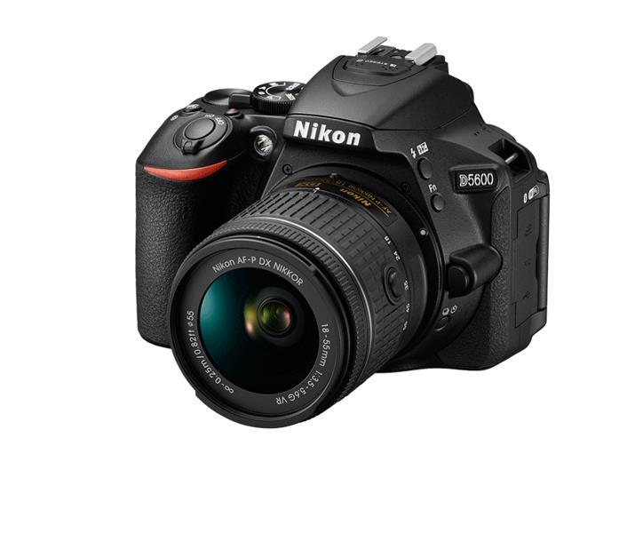 Item Nikon D5600 + 18-55 VR + Sandisk 64GB FREE