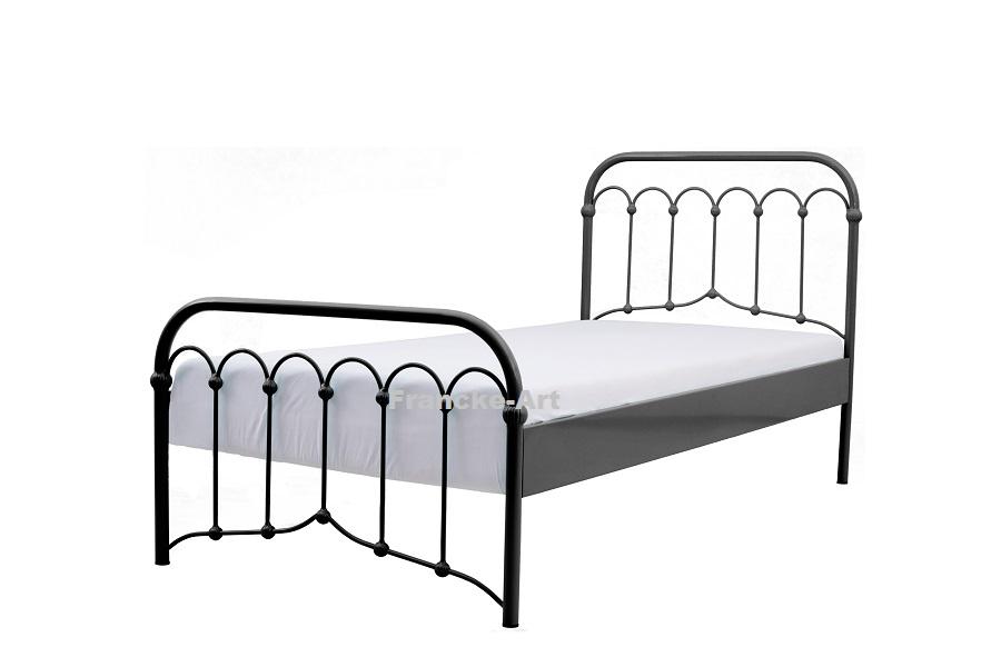 Kované kovové postele 120x200 Vzduchu čierna