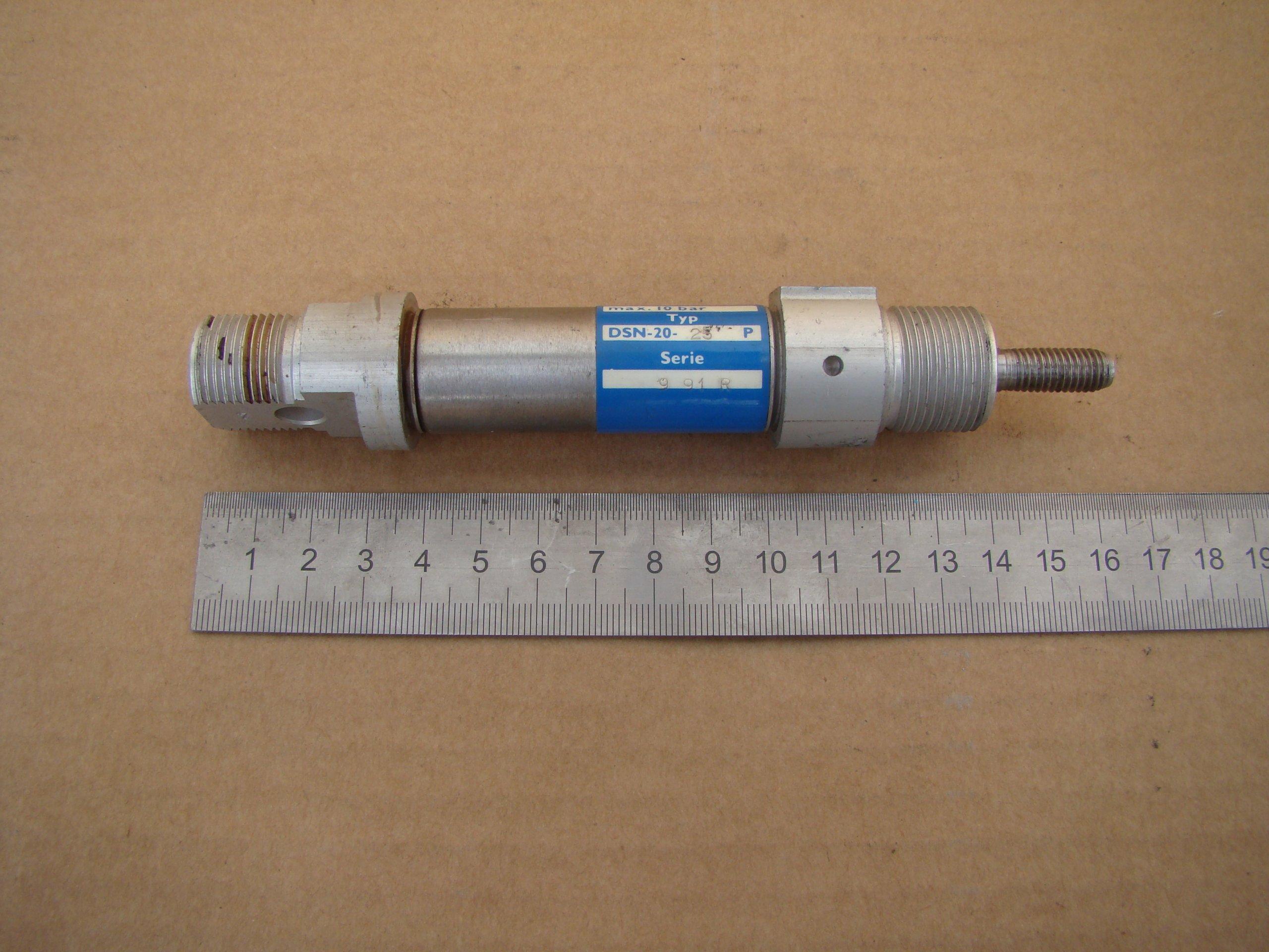 FESTO dsn-12-25p Cylindre