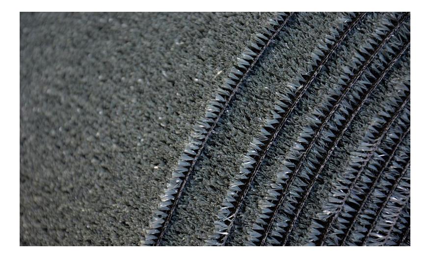 Umelé podlahové krytiny 2M sivá hrubá runová