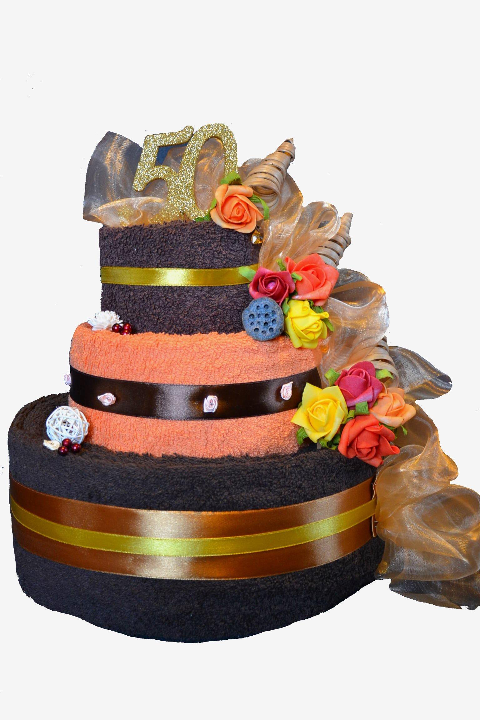 большой торт из четырех полотенец на подарок свадьбу
