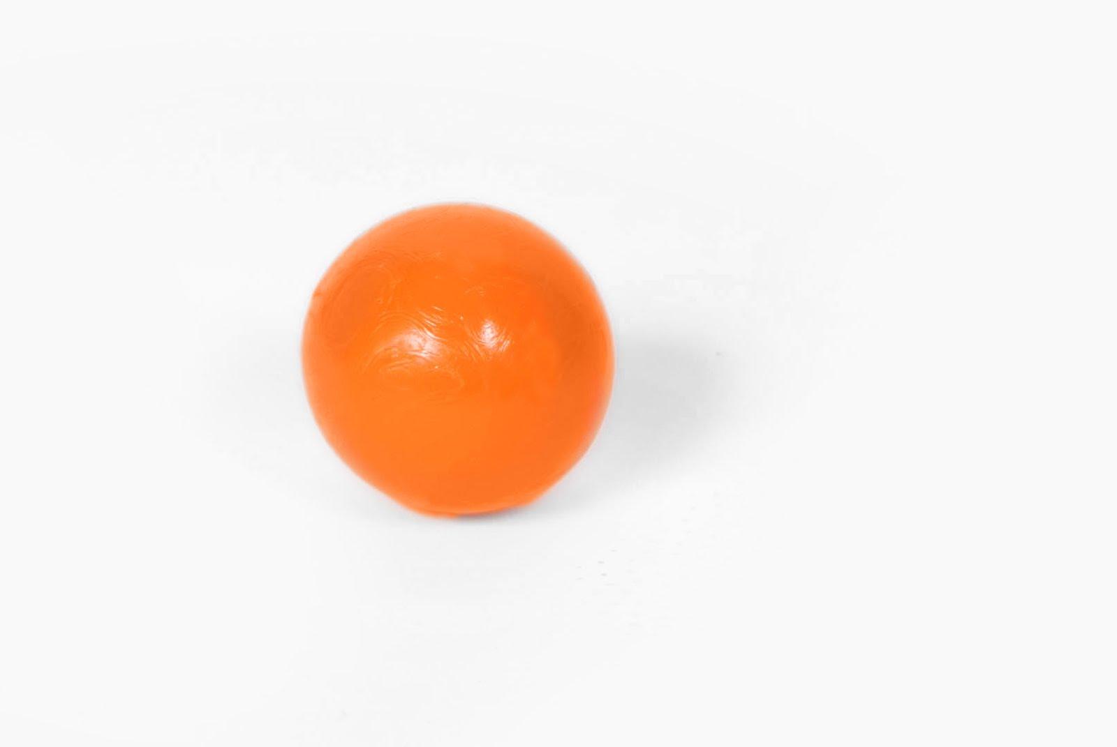 Balls pre oranžový futbal