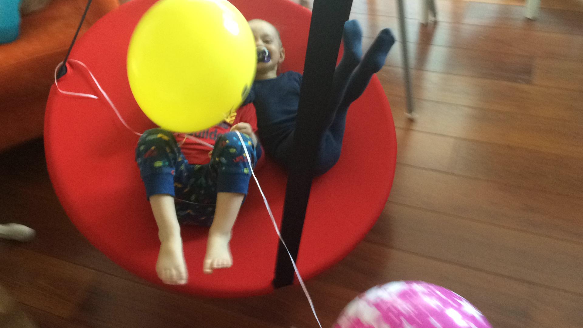 Tylko na zewnątrz Ikea Svava hustawka sensoryczna. Super Prezent!! - 7095062111 KU99