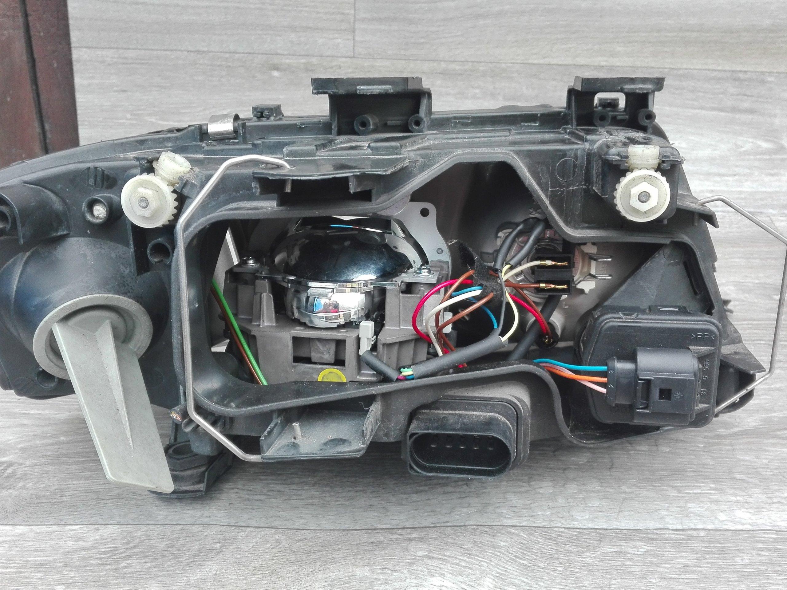 Audi A6c5 A6c6 Regeneracja Przeróbka Na Bi Led 7121620194