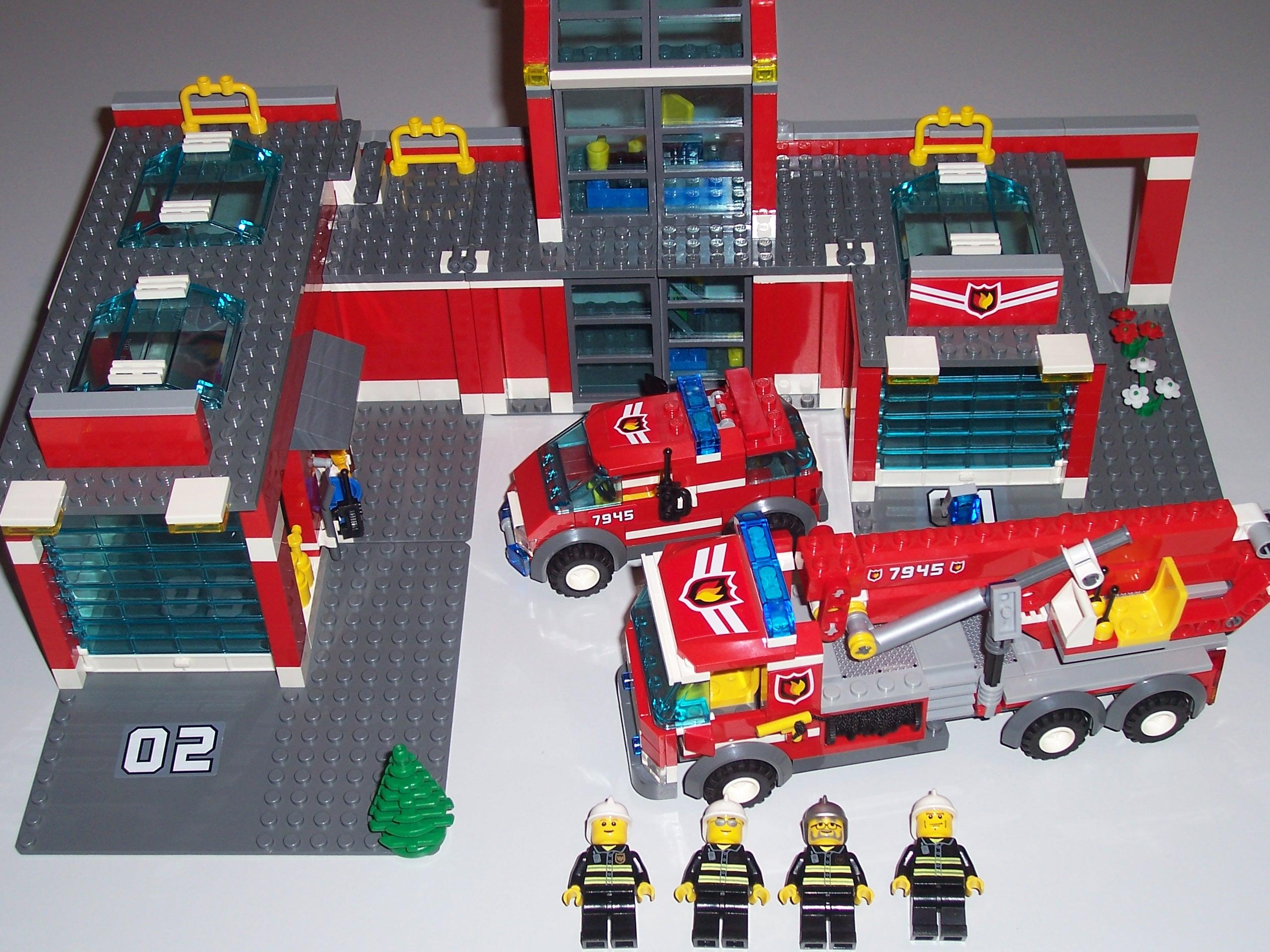 Lego City 7945 Remiza Strażacka Podobna Do 60110 7242570289