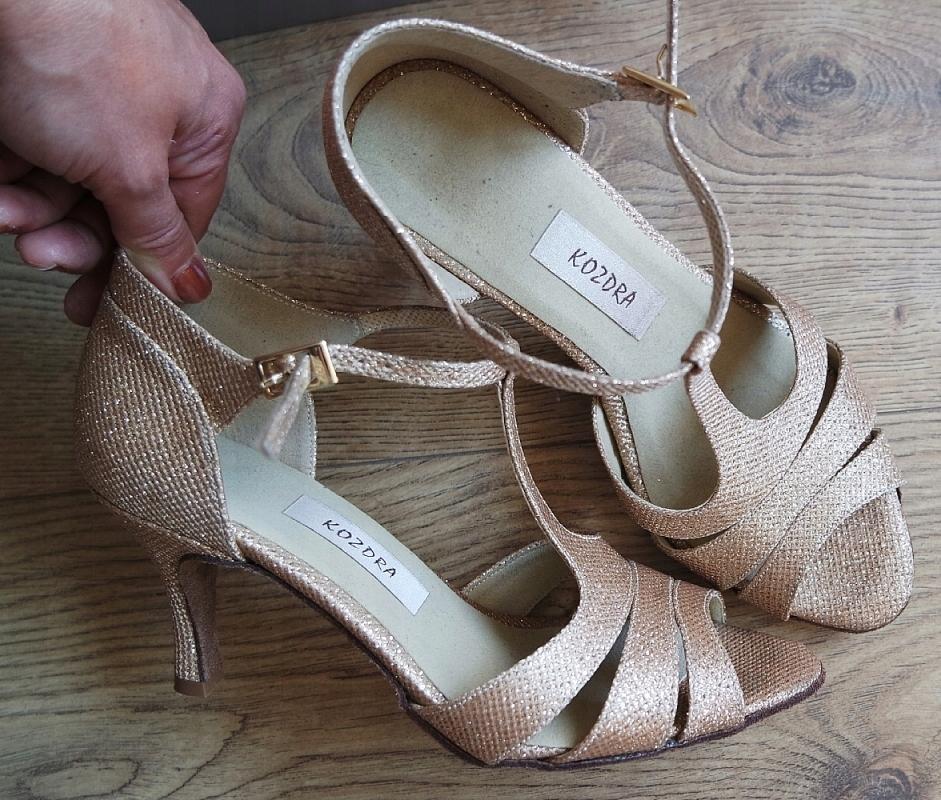 65abcf491b64f Profesjonalne buty taneczne ZŁOTE nowe KOZDRA 37 - 7565576801 ...