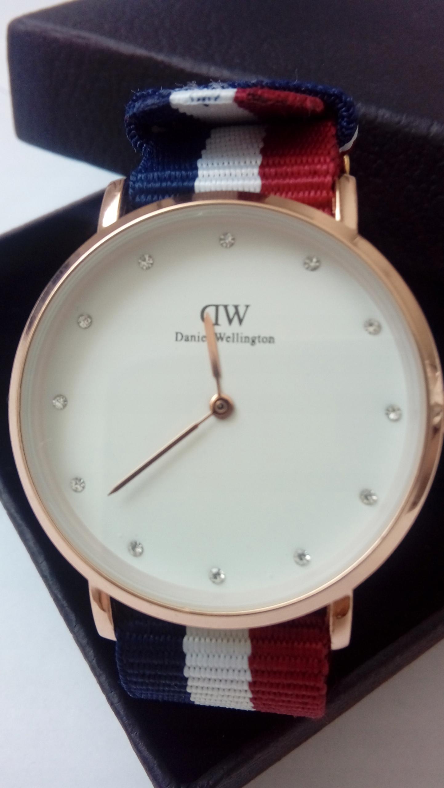 Daniel Wellington zegarek damski 0962DW 34 mm