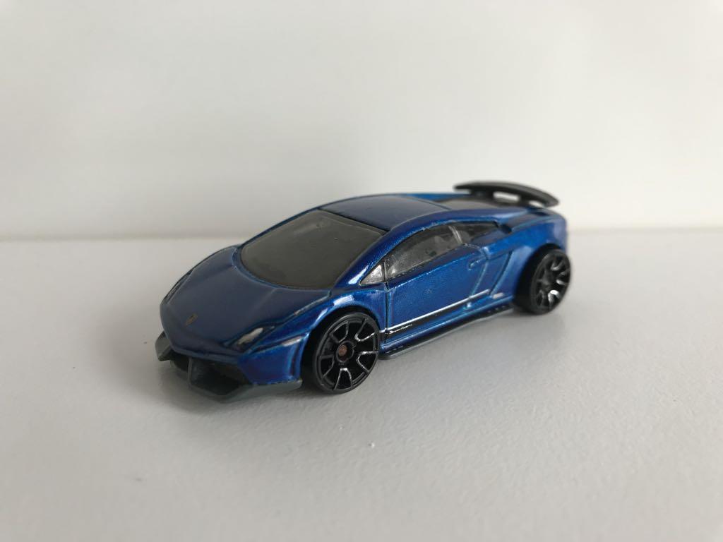 Hot Wheels Mattel 2010 Lamborghini Gallardo 5 6 7396985874