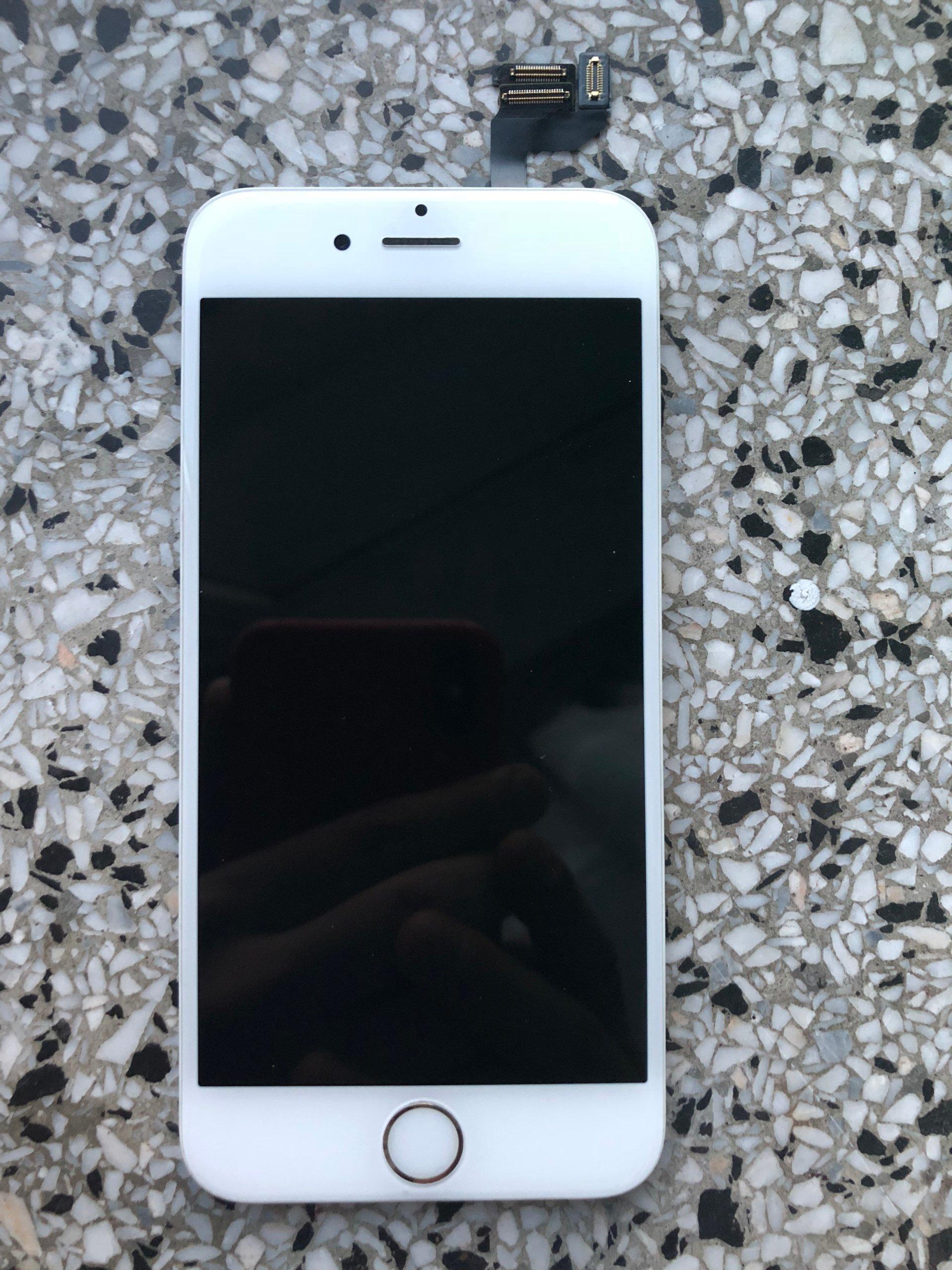 Wyświetlacz LCD iPhone 6s ORYGINALNY BIAŁY