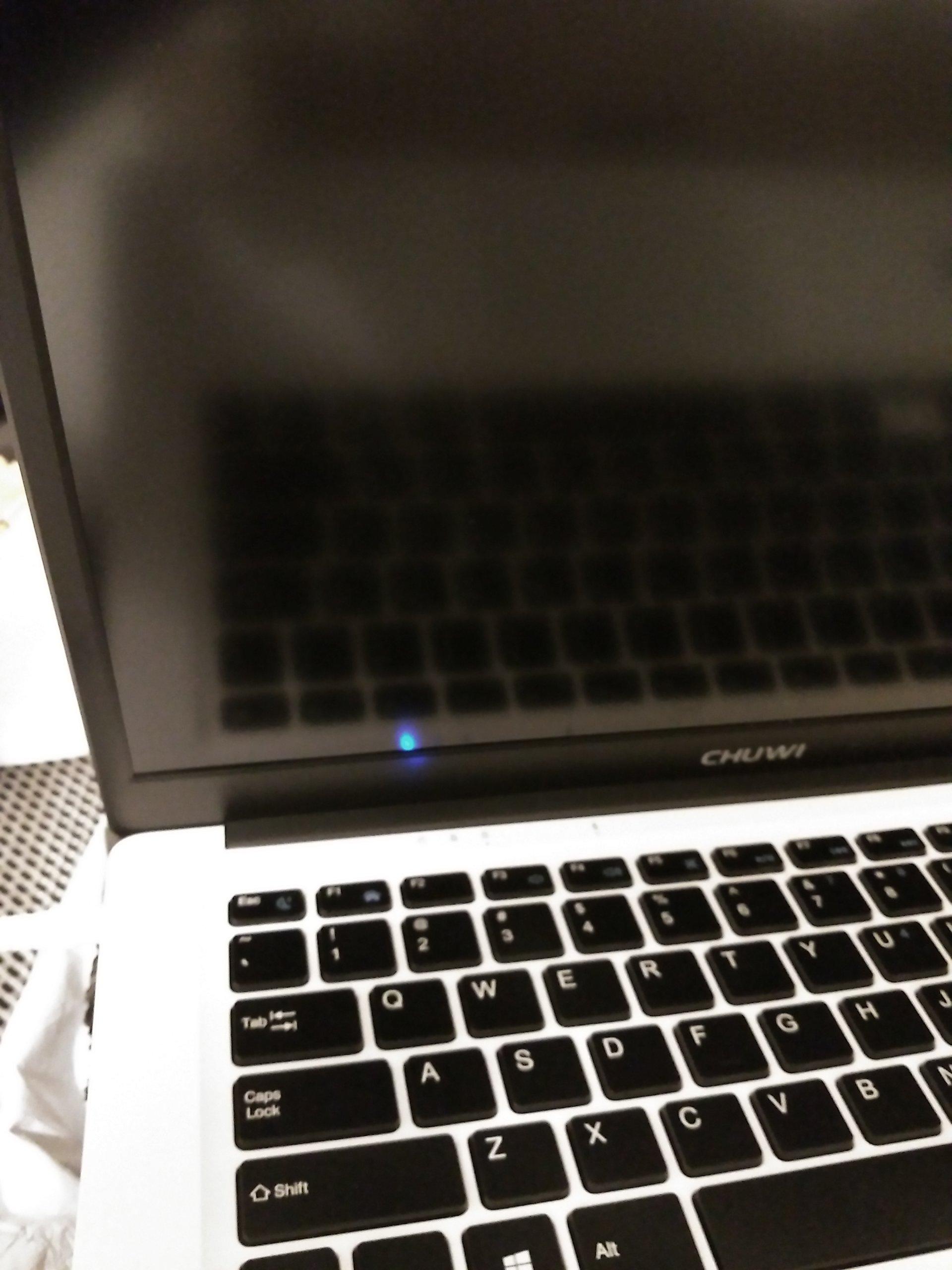 Nowy Laptop Chuwi 14.1 uszkodzony