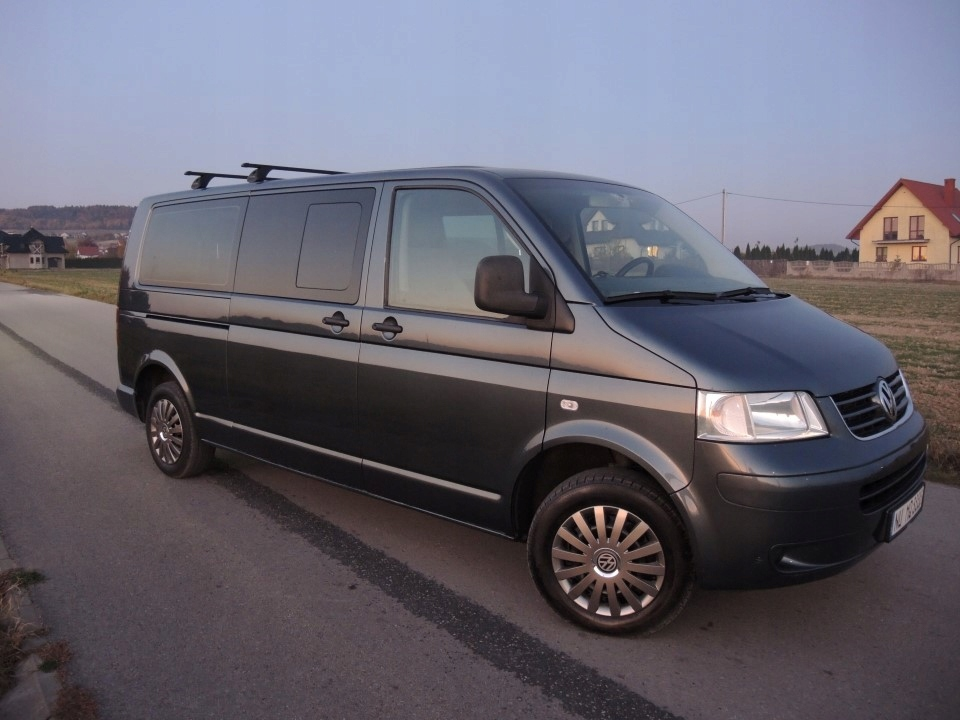 vw t5 1 9 tdi long nawiewy caravelle 9 os navi. Black Bedroom Furniture Sets. Home Design Ideas