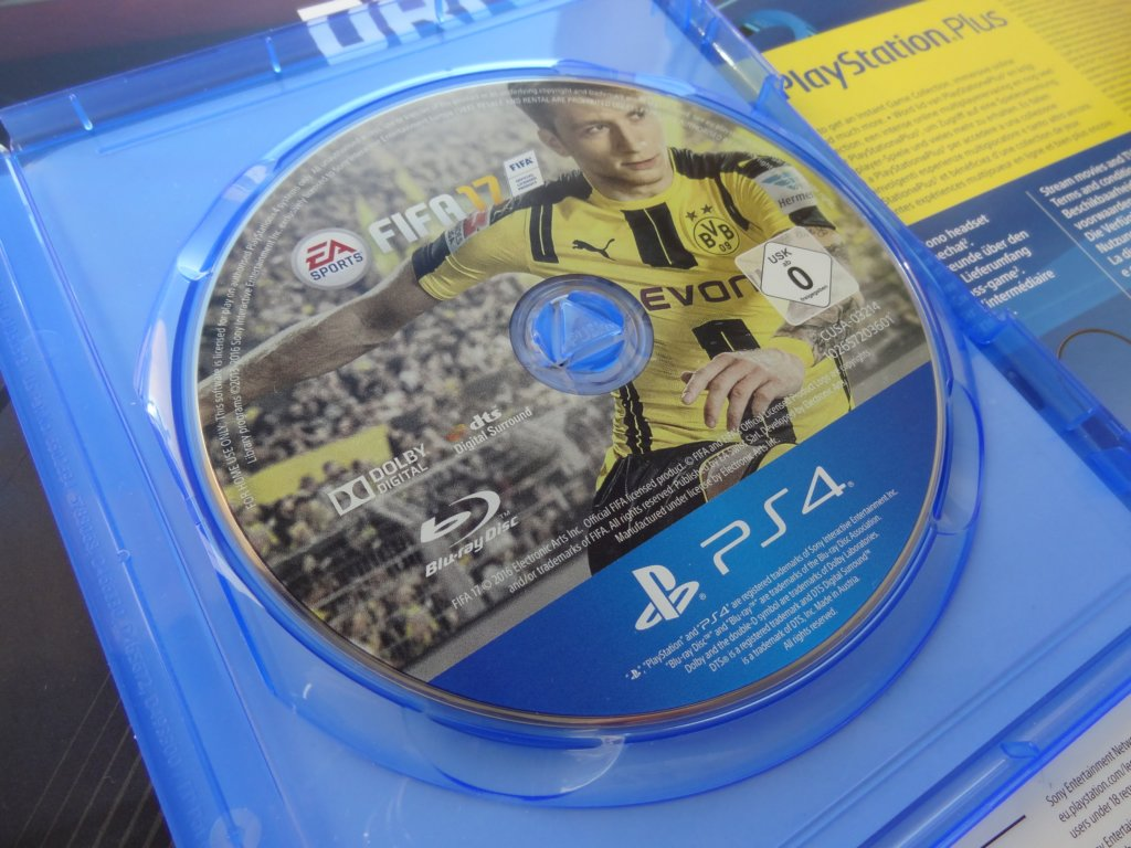 Promo Microsoft Cant Explain Why Its 4k Is 100 Better Than Sonys The Nicholas Keith Rosebay 36mm Nk8107 Sony Ps4 Fifa 17 Pl 7173942272 Oficjalne Archiwum Allegro
