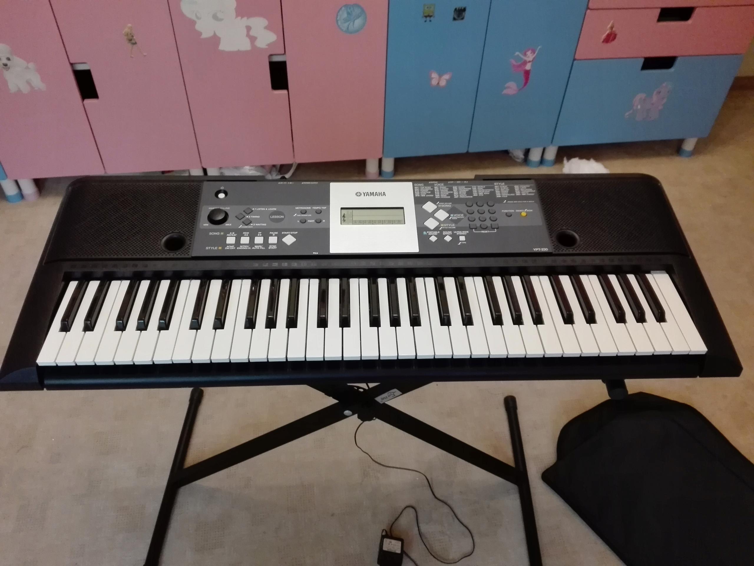 Keyboard Yamaha Ypt 230 Statyw