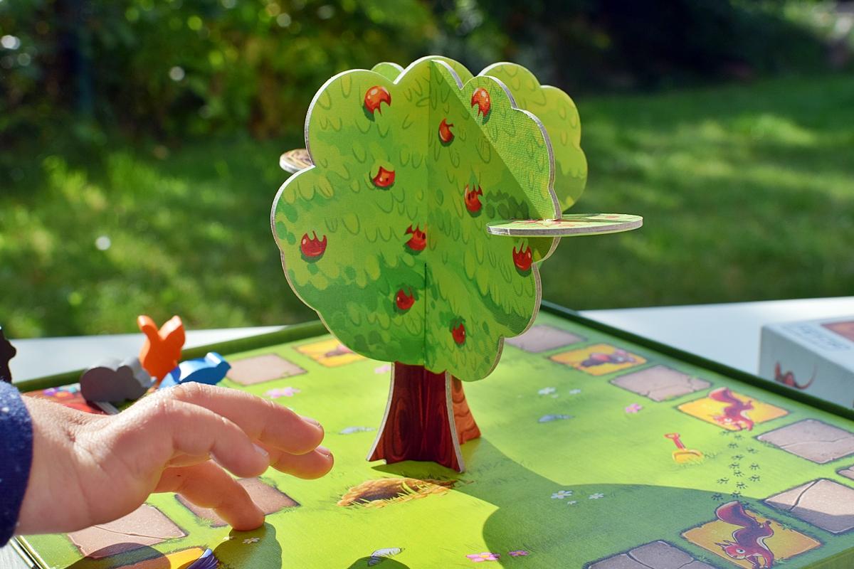 Photo 2 Composite tree