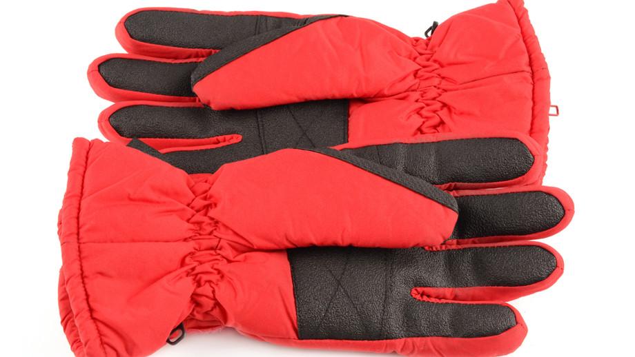 Rękawiczki snowboardowe do 200 zł