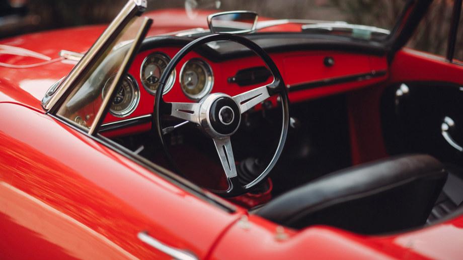 Alfa Romeo - czym przyciąga kierowców