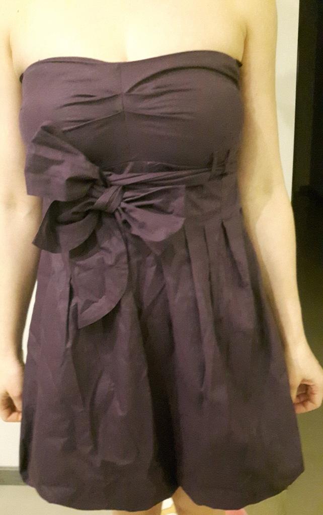 Krótka fioletowa sukienka bombka kokarda r L