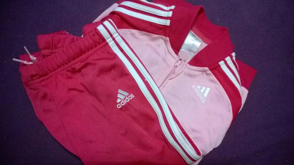 Dres Adidas dla dziewczynki