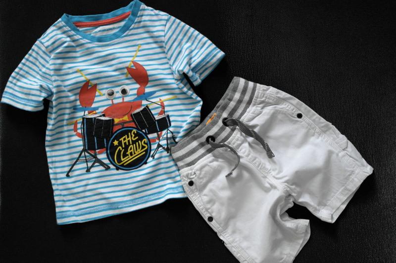 NUTMEG t-shirt z krabikiem i NEXT szorty 92