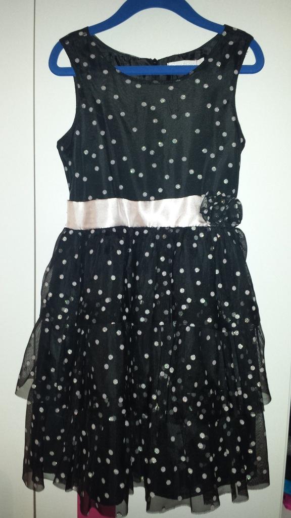 Śliczna sukienka dla dziewczyki 116