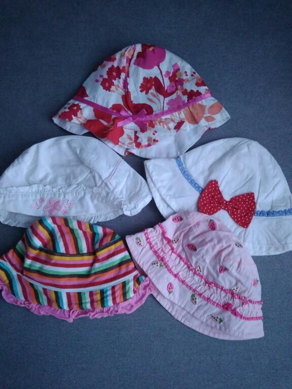 czapeczki kapelusze roz 62