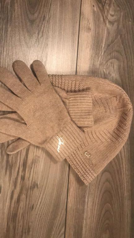 Czapka , rękawiczki GUESS