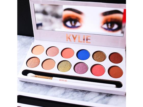Kylie Jenner Paleta Cieni Kyshadow The Royal Peach 6922399798 Oficjalne Archiwum Allegro