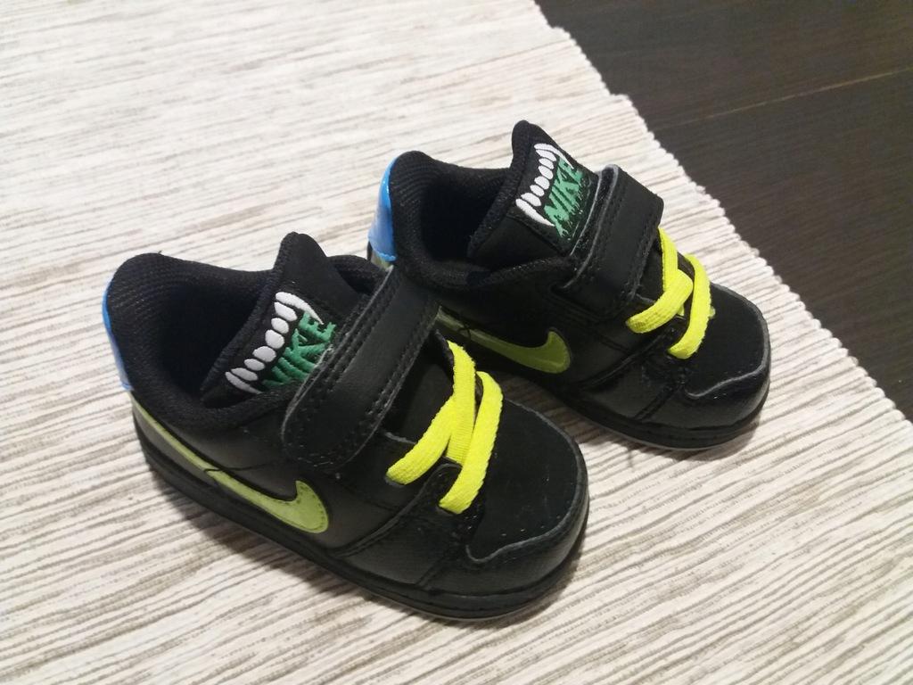 Nike rozm. 19,5 wkł. 10 cm
