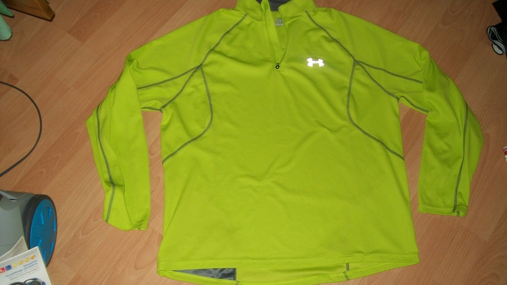 UNDER ARMOUR  LOOSE L