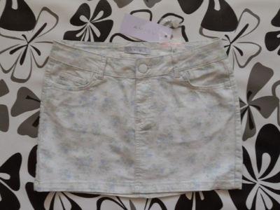 AMISU- biała dżinsowa mini w kwiatki - 38