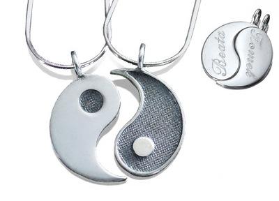 Wisiorek yin yang dla pary + łańcuszki, grawer