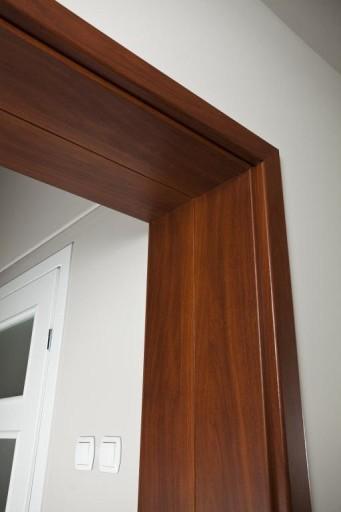 FUTRYNA REGULOWANA, ościeżnica do drzwi 20-30 cm